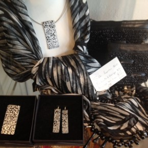 Aboriginal Artwork Jewellery and Silk Scarves
