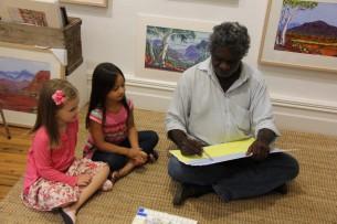Mervyn Rubuntja's visit to Tali Gallery