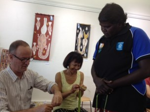 Learning to weave with Pandanus at Tali Aboriginal Art Gallery