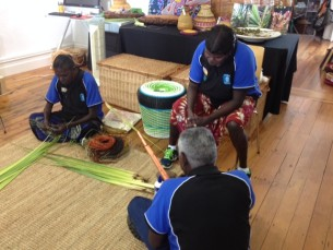 Artists from Warruwi visiting Tali Aboriginal Art Gallery Rozelle