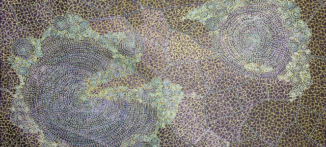 Sarrita King at Tali Aboriginal Art Gallery